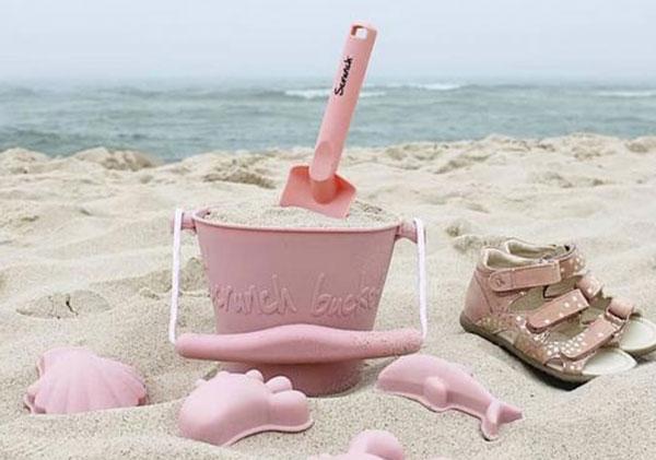 Les jouets de plage 100% recyclable - Scrunch